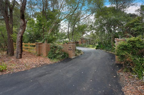 115 Booralie Road, Terrey Hills, 2084, Northern Beaches - Acreage/semi-rural / A Better Lifestyle / Outdoor Entertaining Area / Swimming Pool - Inground / Tennis Court / Carport: 1 / Garage: 4 / Remote Garage / Secure Parking / Air Conditioning / Broadband Internet Available / Built-in Wardrobes / Dishwasher / Pay TV Access / Study / $4,250,000