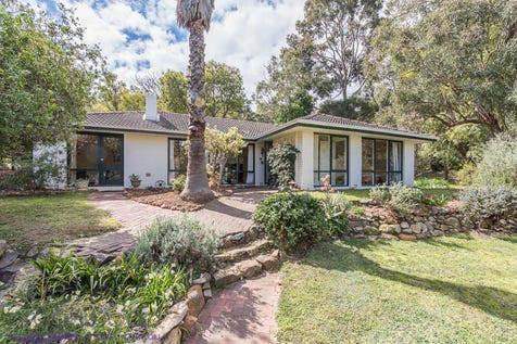 14 Cook Street, Darlington, 6070, North East Perth - House / HARMONY / Fully Fenced / Outdoor Entertaining Area / Broadband Internet Available / Open Fireplace / Workshop / Toilets: 2 / $489,000