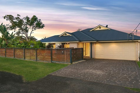 45 Sierra Avenue, Bateau Bay, 2261, Central Coast - House / Perfectly designed to enjoy a relaxed lifestyle / Garage: 2 / P.O.A
