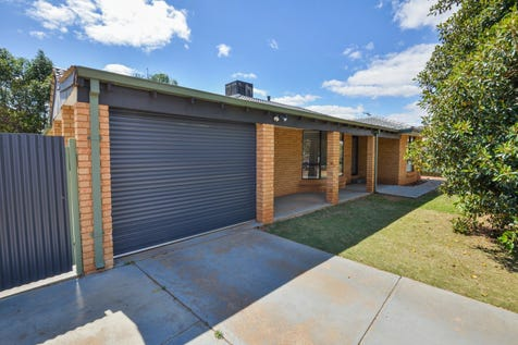 7 Thurmott Street, Hannans, 6430, East - House / FABULOUS HANNANS HOME! / Carport: 1 / Open Spaces: 2 / Air Conditioning / Built-in Wardrobes / Study / Ensuite: 1 / Living Areas: 1 / Toilets: 2 / $319,000