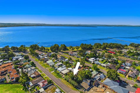 16-18 Gladstan Avenue, Long Jetty, 2261, Central Coast - House / Double block perfect opportunity to renovate or develop / Carport: 2 / $685,000