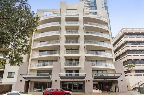 Unit 2, 11 Bennett Street, East Perth, 6004, Perth City - Unit / 1 bedroom unit / Balcony / Fully Fenced / Swimming Pool - Inground / Carport: 1 / Secure Parking / Air Conditioning / Built-in Wardrobes / Gas Heating / Gym / Ensuite: 1 / $300,000