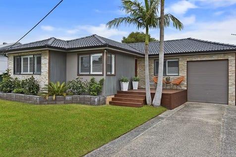 25 Shortland Avenue, Killarney Vale, 2261, Central Coast - House / Spacious Modern Family Home!!! / Garage: 1 / $690,000