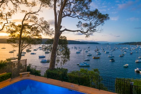 150 Hudson Parade, Clareville, 2107, Northern Beaches - House / Under the Tuscan Sun. Beachfront Reserve. / Garage: 2 / Air Conditioning / Open Fireplace / Ensuite: 1 / $4,800,000