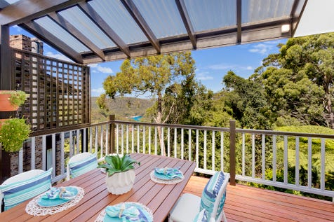 9 Jacquelene Close, Bayview, 2104, Northern Beaches - House / Spacious Family Home with Amazing Outlook / Carport: 2 / $1,375,000