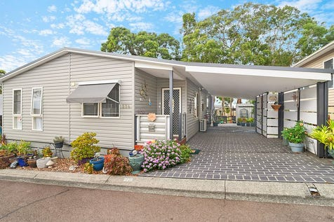 228/51 Kamilaroo Avenue, Lake Munmorah, 2259, Central Coast - House / Retire Near The Lake / Balcony / Carport: 2 / Ensuite: 1 / $280,000