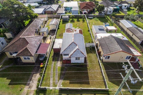 58 Anzac Road, Long Jetty, 2261, Central Coast - House / Ripe for Redevelopment or Renovation – East Side Level 695m2 Lot / Garage: 1 / P.O.A