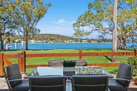 105 Illoura Reserve, Davistown, 2251, Central Coast - House / Prized waterfront reserve with breathtaking views / Carport: 1 / $1,150,000