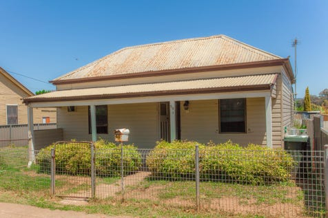 99 Pierce Street, Wellington, 2820, Central Tablelands - House / BE QUICK WITH THIS ONE                         2720 / Carport: 1 / Garage: 1 / $115,000