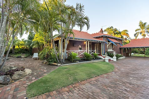 6 Almondbury Road, Mount Lawley, 6050, Perth City - House / LYNCLUDEN HOUSE / Carport: 2 / Air Conditioning / $1,495,000