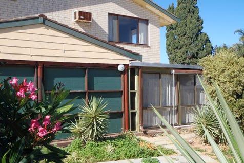 10/54 Glenview Street, Mount Tarcoola, 6530, Central Coast - Unit / SHEARWATER - SHEER BLISS / Carport: 1 / Toilets: 1 / $195,000