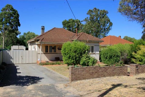 35 Albert Street, Bellevue, 6056, North East Perth - House / UNDER OFFER UNDER OFFER / Fully Fenced / Shed / Garage: 1 / Open Spaces: 1 / Floorboards / Living Areas: 2 / Toilets: 1 / $289,000