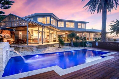 65 The Serpentine, Bilgola Beach, 2107, Northern Beaches - House / Year round oasis plus sensational ocean views / Carport: 4 / $2,900,000