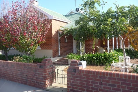 161 Avon Terrace, York, 6302, East - House / Circa 1920 Colonial Beauty / Carport: 2 / Garage: 2 / Toilets: 1 / $499,000