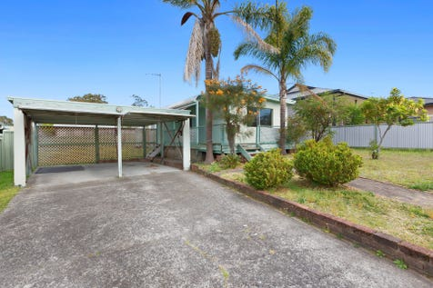 32 Georgina Avenue, Gorokan, 2263, Central Coast - House / Renovators Special / Garage: 2 / $340,000