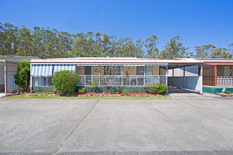 225/2 Evans Road, Toukley, 2263, Central Coast - House / Backing Reserve – Two Bedrooms Plus Study! / Carport: 1 / $220,000