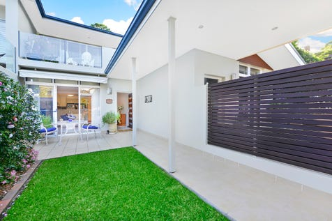 9/19 Annam Road, Bayview, 2104, Northern Beaches - Townhouse / Bayview - Sun Soaked Townhouse / Balcony / Courtyard / Deck / Outdoor Entertaining Area / Garage: 2 / Remote Garage / Secure Parking / Built-in Wardrobes / Dishwasher / Split-system Air Conditioning / Living Areas: 1 / $1,295,000