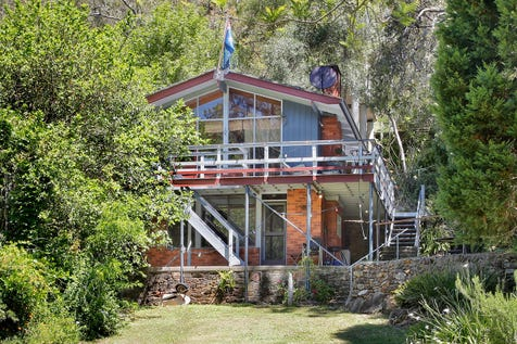 529 Settlers Road, Lower Macdonald, 2775, Central Coast - House / AFFORDABLE WATERFRONT - 1353 SQM / Open Fireplace / P.O.A