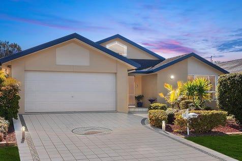 10 Mercator Close, Lake Munmorah, 2259, Central Coast - House / Spacious single level four bedroom home in Birdie Beach Estate / Garage: 2 / $680,000
