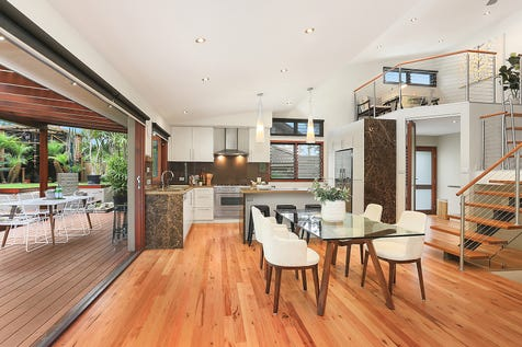 9 Siobhan Place, Mona Vale, 2103, Northern Beaches - House / Fully renovated family home amidst tropical gardens / Carport: 3 / $1,800,000