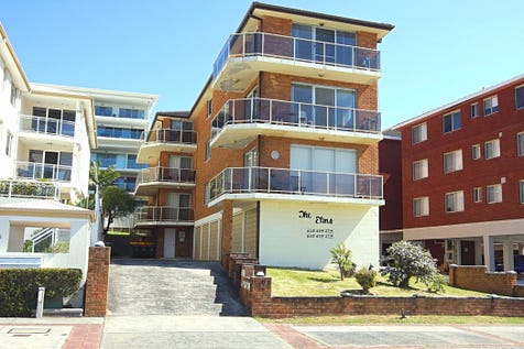3/14-15 Marine Parade, The Entrance, 2261, Central Coast - Apartment / Beach Side Apartment with Stunning Ocean Views / Balcony / Deck / Garage: 1 / Secure Parking / Built-in Wardrobes / Toilets: 1 / P.O.A