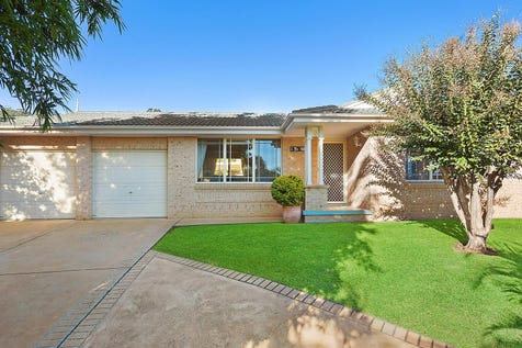 6A Jeanette Close, Green Point, 2251, Central Coast - House / Beautifully presented family home with north aspect / Garage: 2 / P.O.A