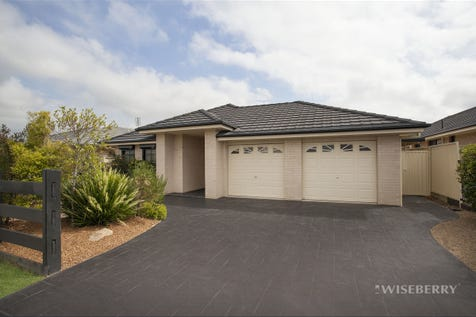 167 Roper Road, Blue Haven, 2262, Central Coast - House / 33 DAY SALE - SOLD ON OR BEFORE 14TH NOVEMBER / Garage: 2 / $610,000