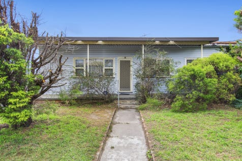 8 Clucas Avenue, Gorokan, 2263, Central Coast - House / Renovate, Rebuild or Redevelop / Garage: 2 / $360,000