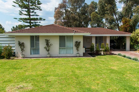 18 Glenway, Helena Valley, 6056, North East Perth - House / Easy, Bright & Breezy / Carport: 1 / Air Conditioning / $499,000