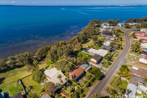 400 Tuggerawong Road, Tuggerawong, 2259, Central Coast - House / Start Your Waterfront Dream Here! / Garage: 2 / $680,000
