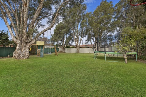 38 Lovell Road, Umina Beach, 2257, Central Coast - House / BRICK FAMILY HOME ON HUGE 770SQM BLOCK / Garage: 1 / Air Conditioning / $745,000