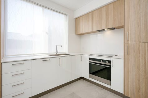 """13/298 Stirling Street, Perth, 6000, Perth City - House / """"Inner City Style and Sophistication"""" / Swimming Pool - Inground / Carport: 1 / Air Conditioning / Toilets: 1 / P.O.A"""