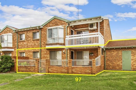 97/15 Lorraine Avenue, Berkeley Vale, 2261, Central Coast - Unit / PICK OF THE BUNCH / Garage: 1 / $365,000