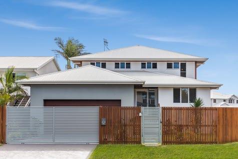 44 Arila Avenue, Wamberal, 2260, Central Coast - House / Unbeatable Location, 200m to Wamberal Beach / Garage: 2 / $1,450,000