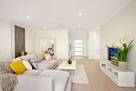 610/1001 The Entrance Road, Forresters Beach, 2260, Central Coast - Retirement Living / + 12 months free fees!* Space and luxury abound in this gorgeous Moreton design villa / Garage: 1 / $775,000