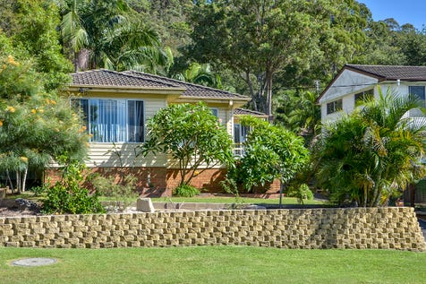 108 Ryans Road, Umina Beach, 2257, Central Coast - House / Tidy house plus sleepout / Garage: 1 / $640,000
