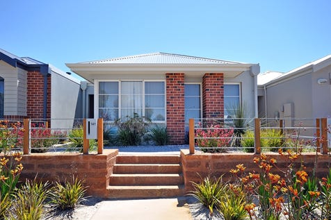 141 Banrock Drive, Ellenbrook, 6069, North East Perth - House / A Must See Property... / Garage: 2 / Toilets: 2 / $269,000