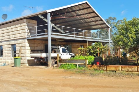 118 Bell Road, Gingin, 6503, North East Perth - Other / Truck depot with massive workshop / Garage: 8 / $765,000