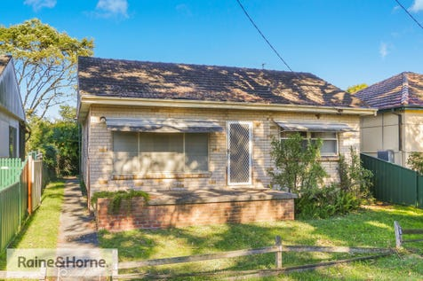 70 Bourke Road, Ettalong Beach, 2257, Central Coast - House / BOURKES BACKYARD / Garage: 1 / $539,000