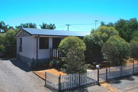 55 Hunt Street, Coolgardie, 6429, East - House / Wow Amazing Value / $245,000