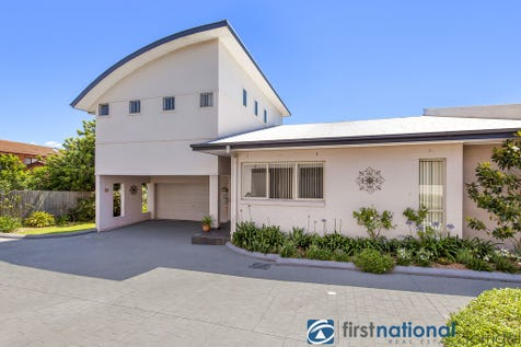 53A Gordon Road, Long Jetty, 2261, Central Coast - Unit / Welcome to Long Jetty! / Garage: 2 / $650,000