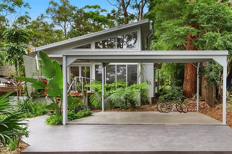 3 Cornelian Road, Pearl Beach, 2256, Central Coast - House / Modern and Chic 3 Bedroom Home in Native Garden Setting / Balcony / Carport: 2 / Air Conditioning / Floorboards / Toilets: 2 / P.O.A