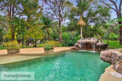14 Patanga Street, Kincumber, 2251, Central Coast - House / Bush Oasis – Minutes to beaches and shopping! / Balcony / Swimming Pool - Inground / Floorboards / Toilets: 1 / $1,225,000