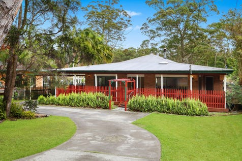 72 Empire Bay Drive, Bensville, 2251, Central Coast - House / Family Friendly & Full of Character / Carport: 2 / Open Spaces: 4 / Secure Parking / Floorboards / Toilets: 2 / $820,000