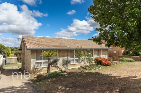 27 Wolsley Street, Orange, 2800, Central Tablelands - House / All the work is done! Just move in! / Garage: 1 / $369,000