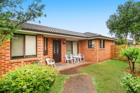 4/31-33 South Street, Umina Beach, 2257, Central Coast - House / PERFECT POSITION - PERFECT LOCATION / Garage: 1 / Secure Parking / Toilets: 1 / $470,000