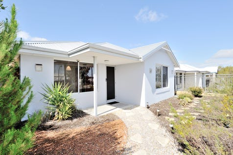 116 Elmridge Parkway, Ellenbrook, 6069, North East Perth - House / WHAT A RIPPER! PRICE REDUCED!!! / Carport: 2 / Secure Parking / Air Conditioning / $349,000