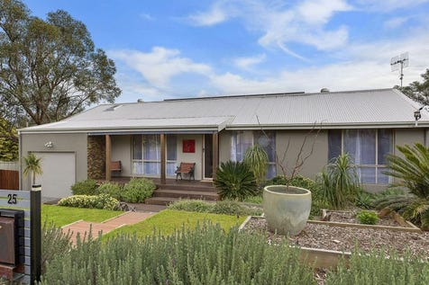 25 George Hely Crescent, Killarney Vale, 2261, Central Coast - House / 'UNDER CONTRACT - BOND, JUSTIN BOND' / Garage: 1 / $559,000