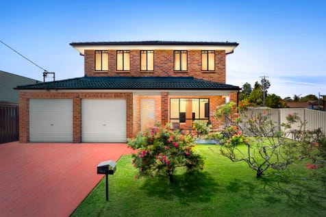 1 Kerrylouise Avenue, Noraville, 2263, Central Coast - House / Beachside Modern Luxury with Side Access + Opposite Park / Garage: 2 / P.O.A