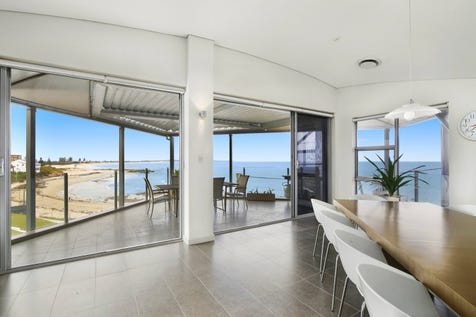 3/90 Ocean Parade, The Entrance, 2261, Central Coast - Unit / Penthouse Paradise / Garage: 2 / $1,550,000